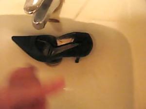 cumming into wifes high heel shoe
