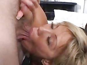 mad house wife takes a facial