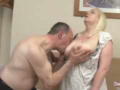 cougar bbw jo juggs takes her large boobs and