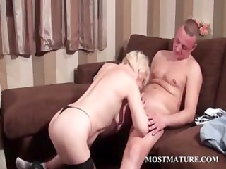 stunning grownup obtains libido in oral and