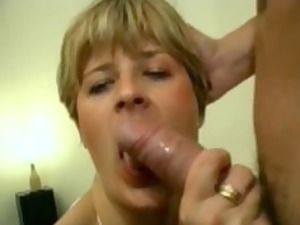 analfucking shannon a blond cougar in pantyhose