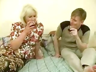giant naughty mom takes pierced by amateur