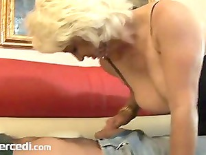 cougar dana hayes swallows cum