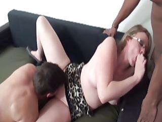 french cougar lola banged inside a threesome