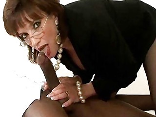 cougar amp into glasses and pearls has some mixed