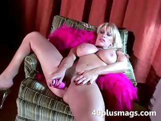 slutty fucking big woman gives intense solo