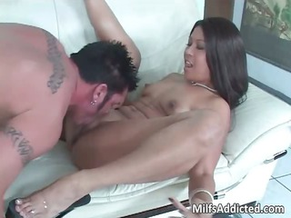 extremely nice latina mature babe with hot ass