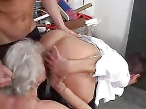 grannies adores to swing with amateur guys