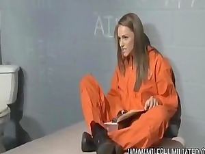 prison mature babe hiding things into her pussy