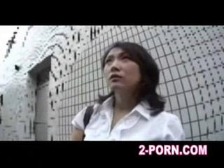 woman has a cum thailand massage