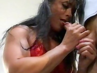 bodybuilding older  woman arse