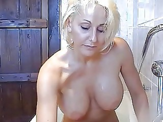 bootylicious slutty blond momma plays with
