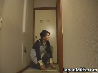 desperate japanese mature babes sucking and
