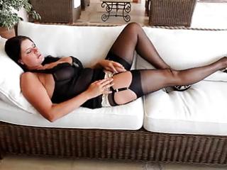 nice lady into nylons