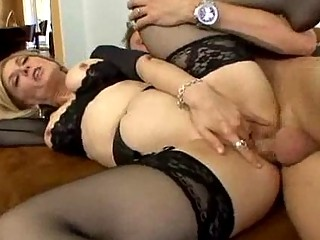 lingerie clad lady worships spreading her feet