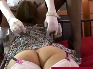 mature lady into stockings plays with woman vagina