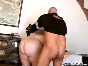 bbw brunette obtains fucked into her cave